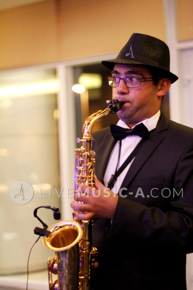 Akiki's radical portrait with saxophone ;)