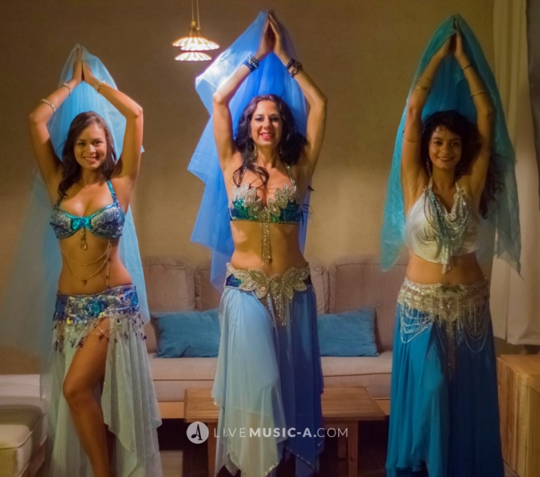 Belly dancers in blue