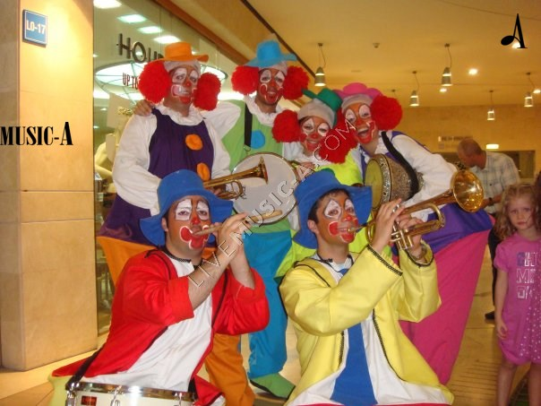 Clown Parade in Colors