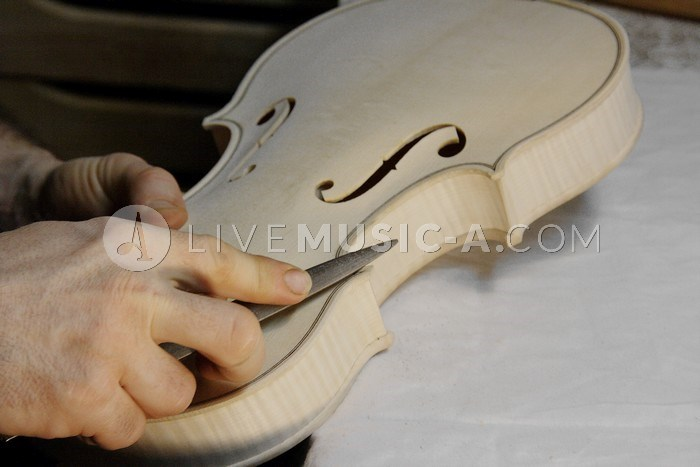 violin makers lebanon