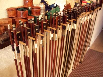 violin cello bows (bow)