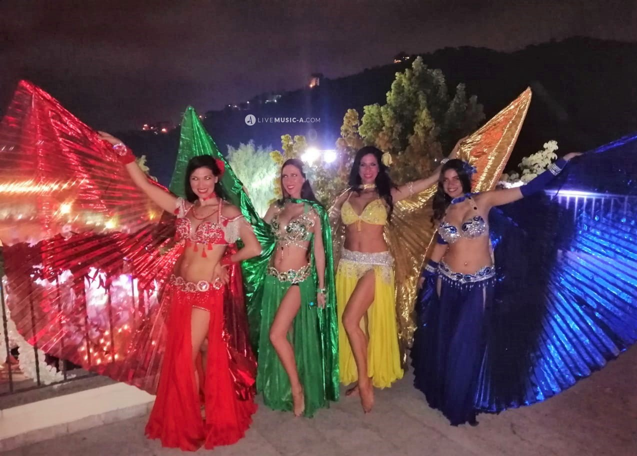 Oriental belly dancers at Tanit