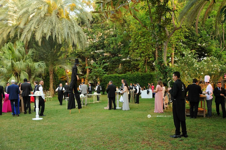 performing at Sursock the gardens