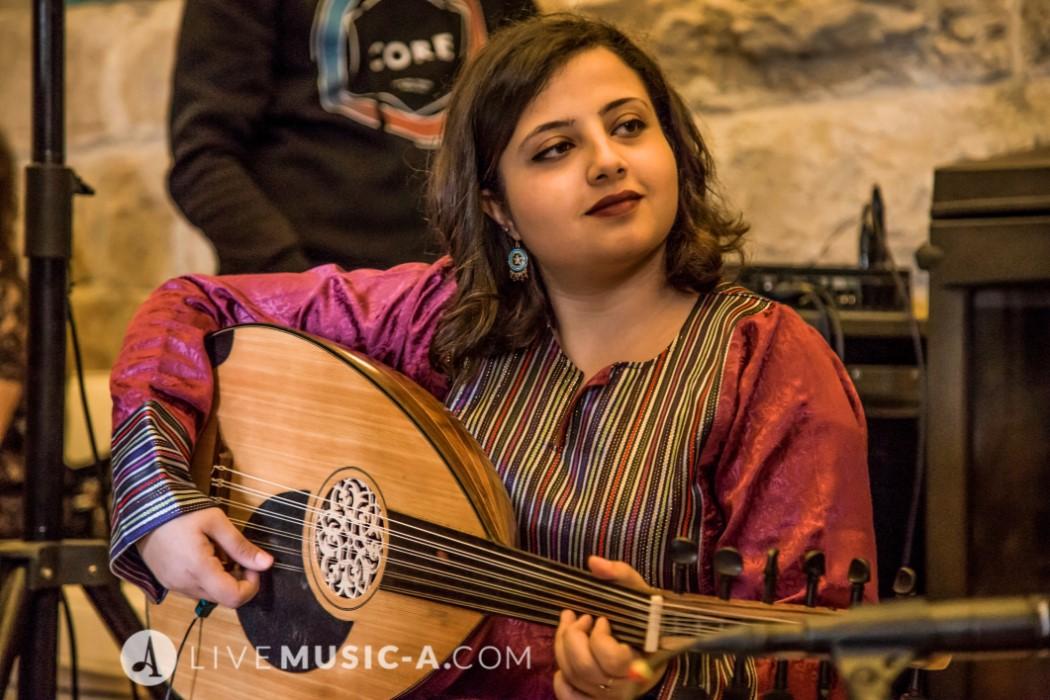 Female Oud Player - Aba