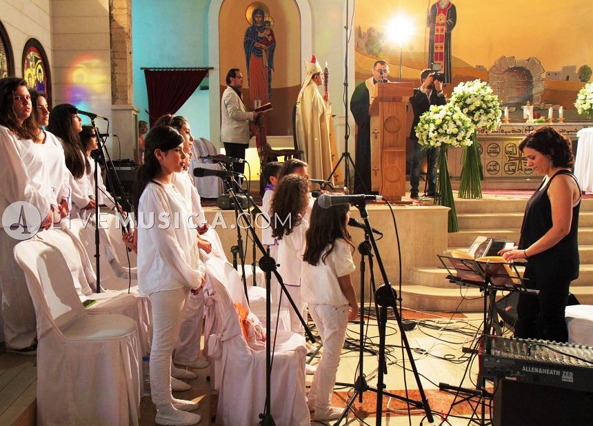 kids choir for a lebanese wedding