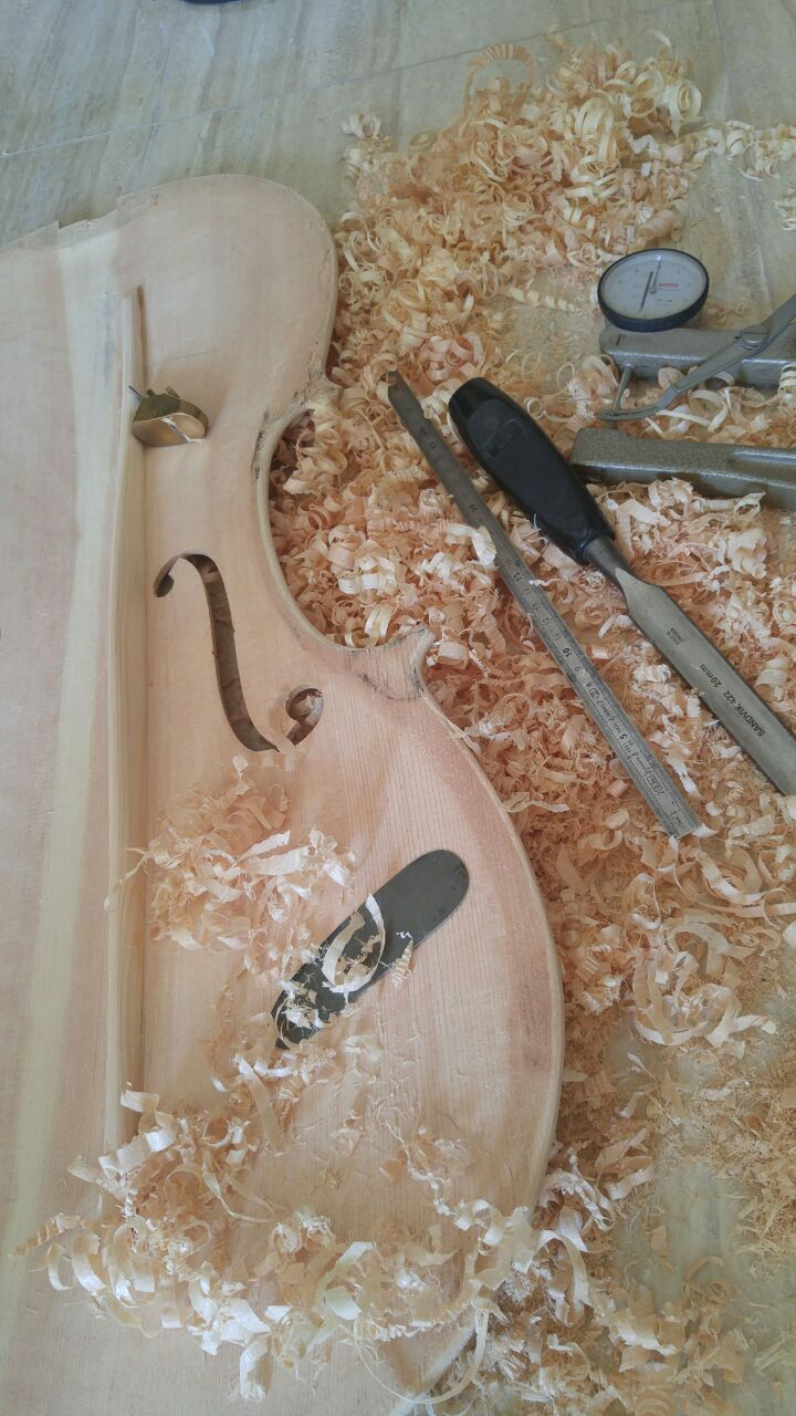 bass bar carving for violin