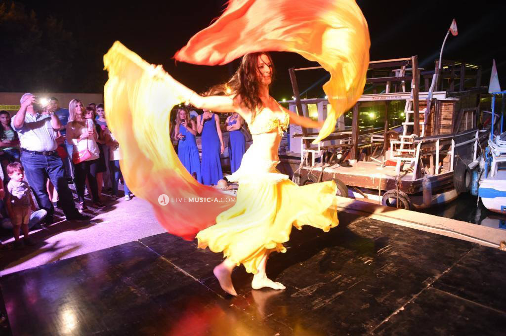 Spanish Flamenco and Oriental belly dance fusion