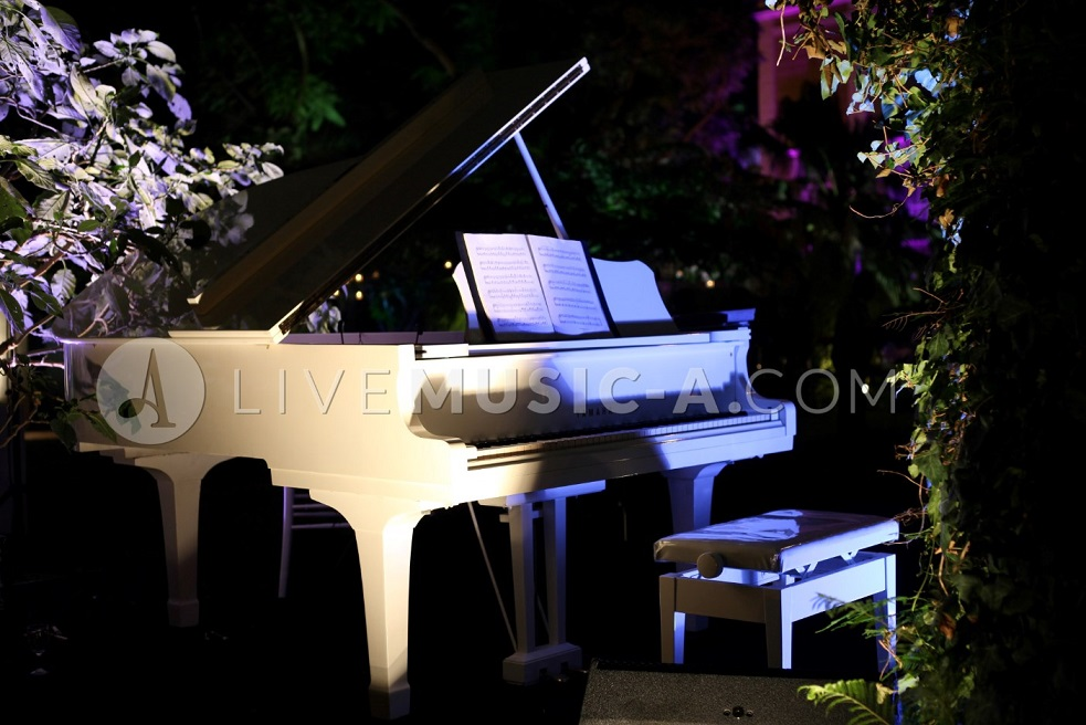 Rent a Grand white piano Yamaha for your wedding, book the musicians & sprinkle some music in the air