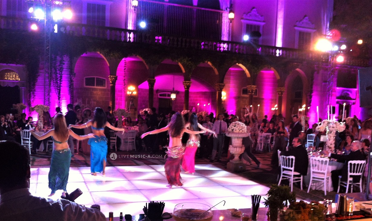Amazing Oriental dance show at Sursock the gardens