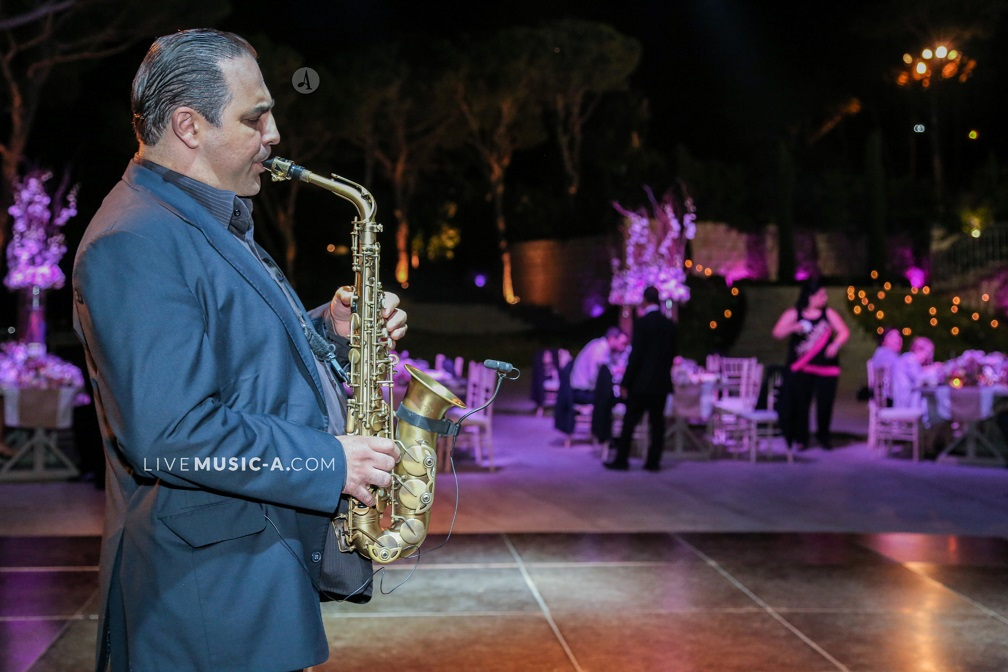 Jazz & international repertoire for weddings and events made in a simple way...