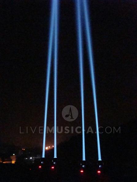 sky beams