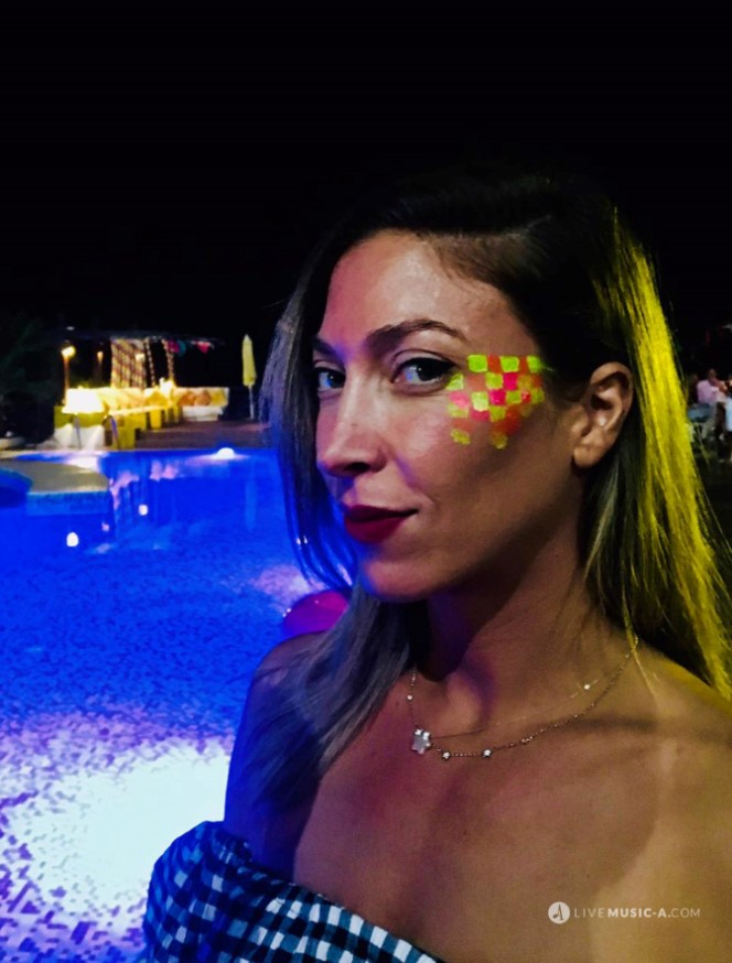 Night events - Glow in the dark make up